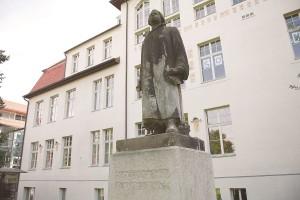 """Luther aus Stein: """"Hier stehe ich. Ich kann nicht anders."""""""