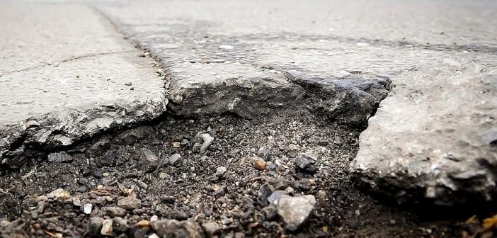 Schlagloch-Melder: So können Autofahrer Straßenschäden melden