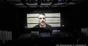 Der estnische Schauspieler Reimo Sagor dankte per Videobotschaft für den Preis als bester Darsteller. Foto: TSPV