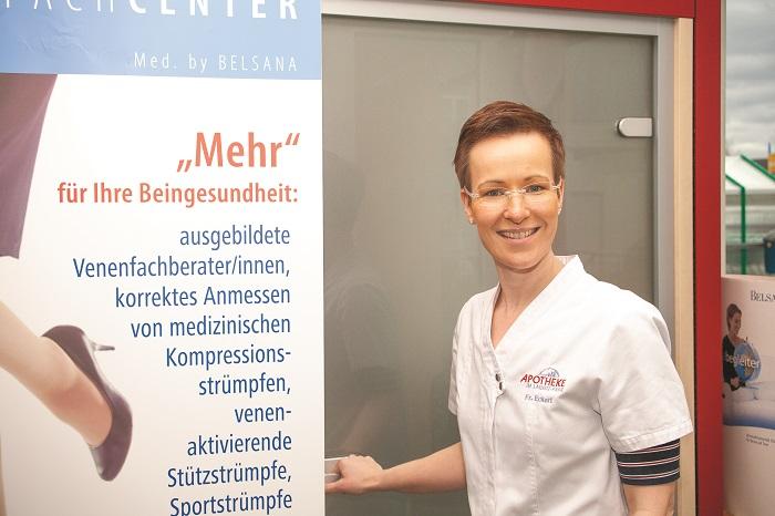 """Venenfachberaterin Sandra Eckert: """"Langes Sitzen und Stehen sind schlecht, liegen und laufen dagegen sind für die Venengesundheit lobenswert."""" Foto TSPV"""