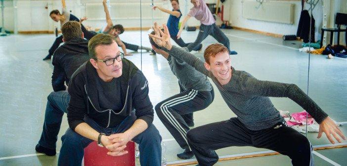 Ballettdirektor Dirk Neumann (l.) und Jason Sabrou Foto: Marlies Kross